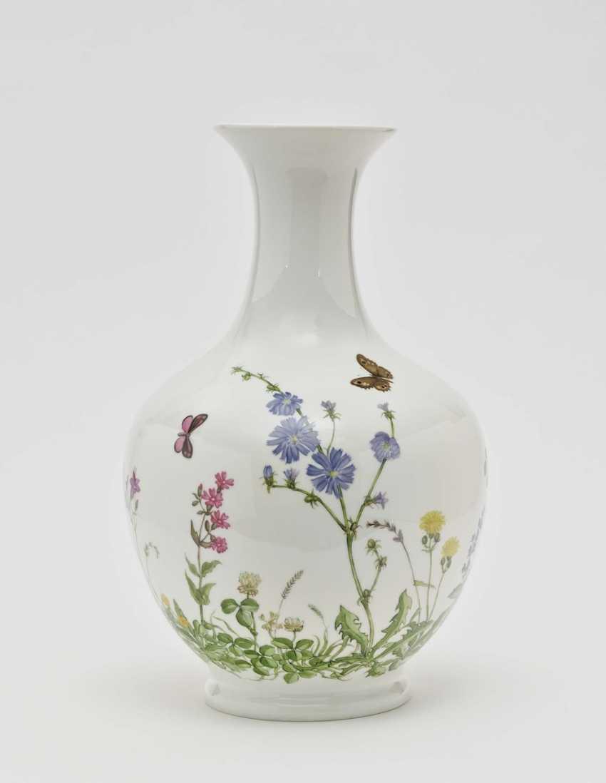 Vase - photo 1