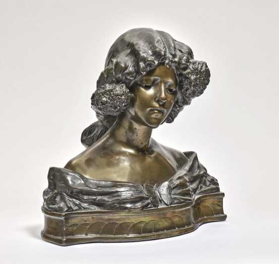 """'Woman's bust"""" - photo 1"""
