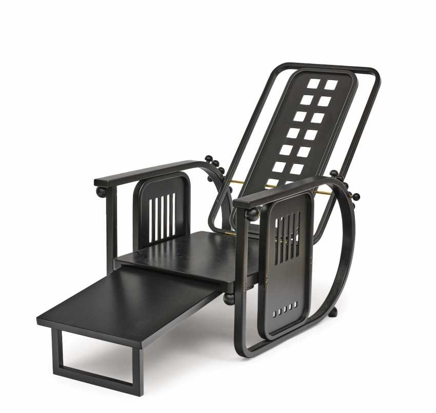 """'Sitting machine"""" - photo 2"""