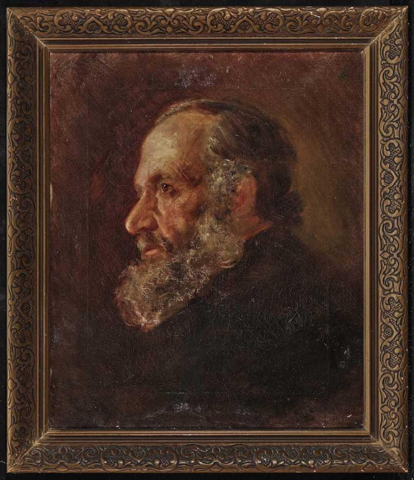 Bearded Man - photo 2