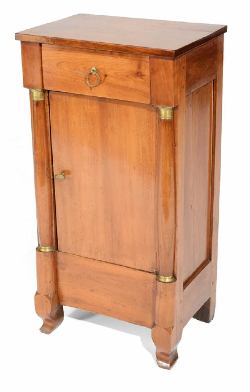 BIEDERMEIER BEDSIDE TABLE, - photo 1