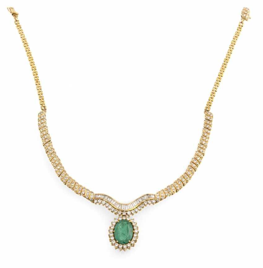 Fine Emerald And Diamond Necklace - photo 1