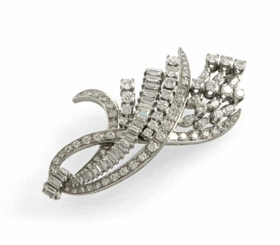 High-Quality Diamond Brooch - photo 1