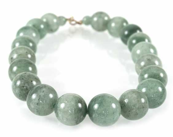 Chalcedony Necklace, 19 Balls - photo 1