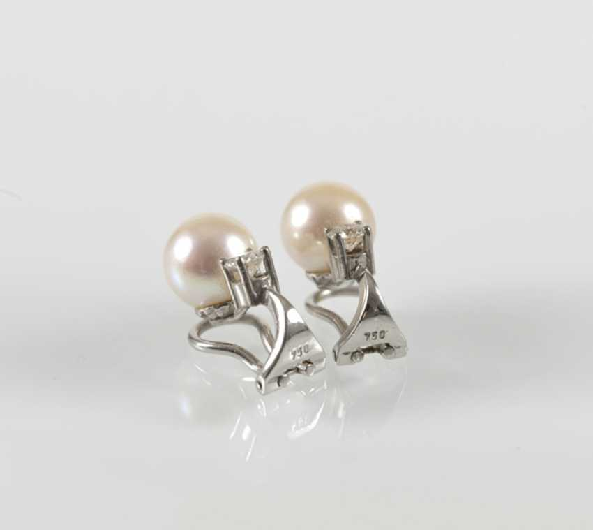 Pair Of Pearl And Diamond Clip Earrings, - photo 3