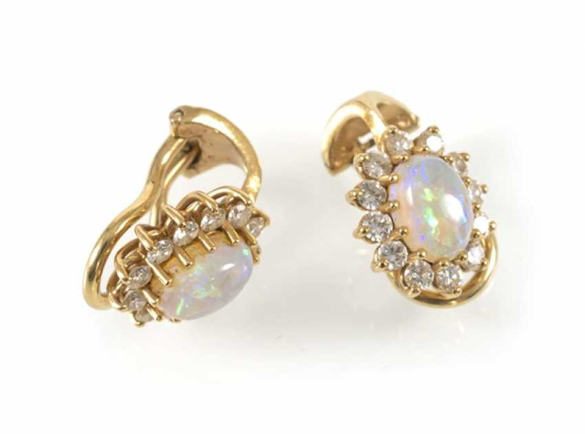 Opal and diamond clip earrings, 750Gg, - photo 1