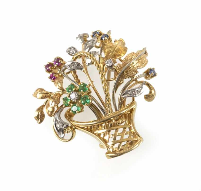 Flower Basket Brooch, 750 Gg/Wg, - photo 1