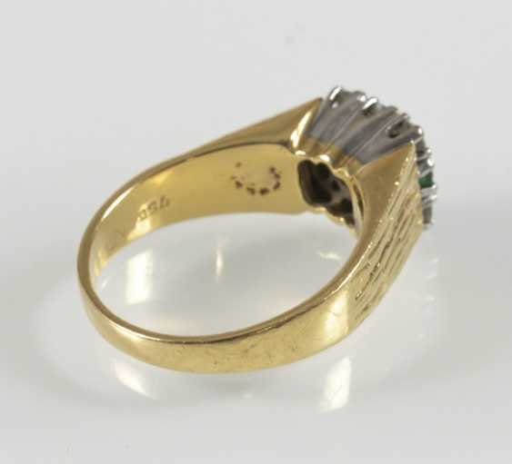 Emerald And Diamond Ring, 750 Gg/ - photo 2