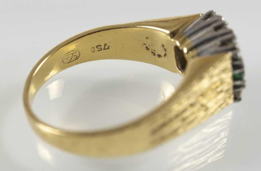 Emerald And Diamond Ring, 750 Gg/ - photo 3