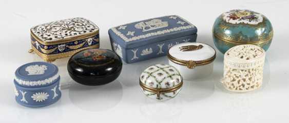 8 Jars, Porcelain/Ivory - photo 2