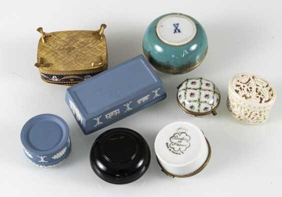 8 Jars, Porcelain/Ivory - photo 4