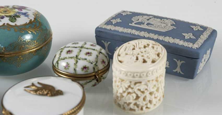 8 Jars, Porcelain/Ivory - photo 8