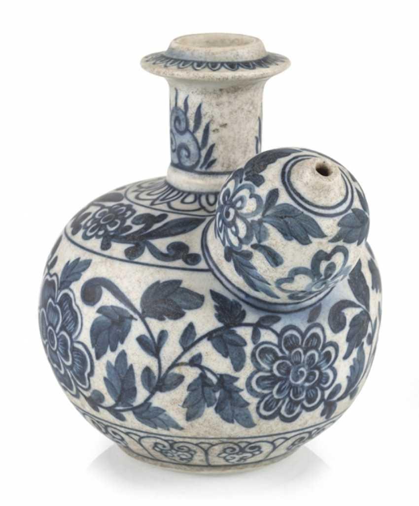 Kendi, China, Blue-And-White - photo 1