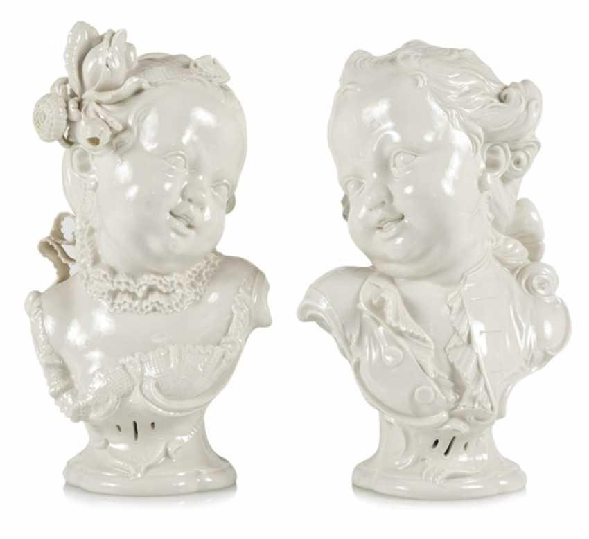Pair Of Children Busts, Nymphenburg - photo 1