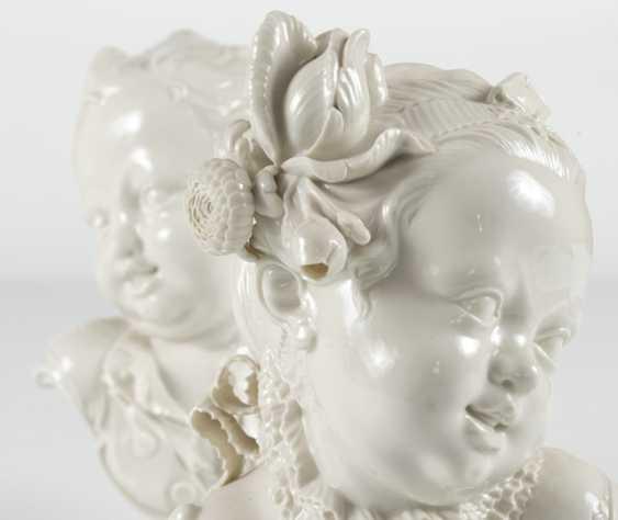 Pair Of Children Busts, Nymphenburg - photo 2