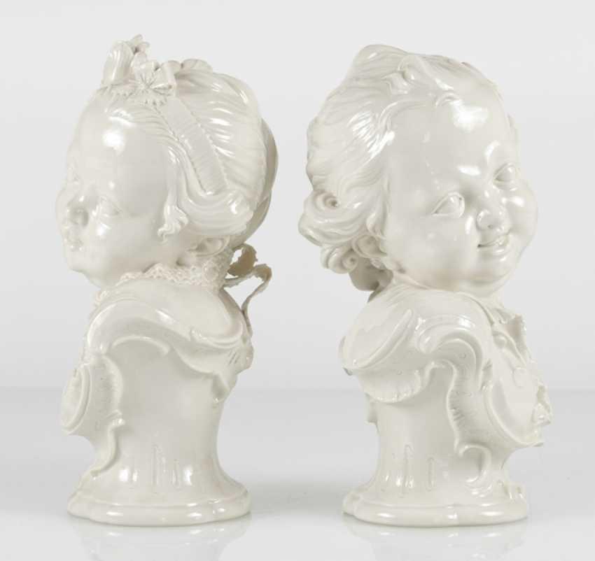 Pair Of Children Busts, Nymphenburg - photo 3