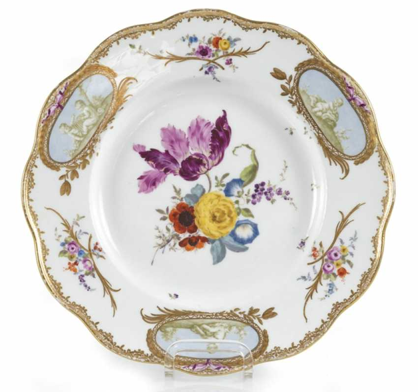 Plate With Putti Decor And - photo 1