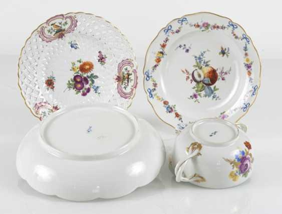 2 Plates, Bowl, Tureen - photo 2