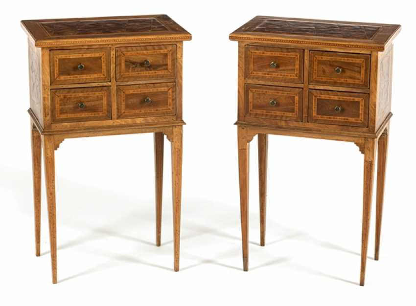 Some Arrow Chests Of Drawers - photo 1