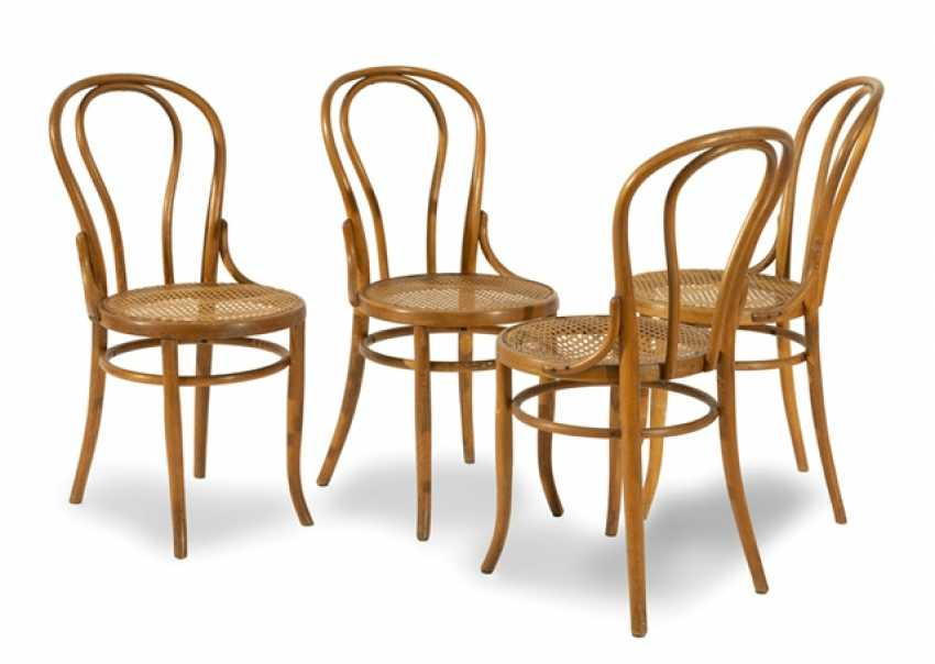 Four Bentwood Chairs, Part - photo 1
