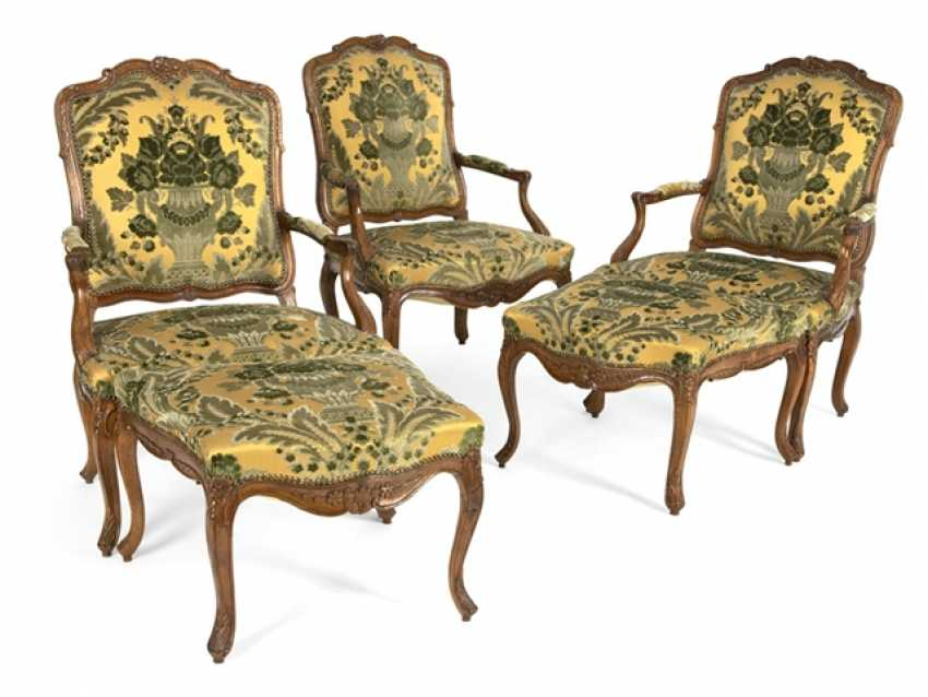 Three Armchairs And Two - photo 1