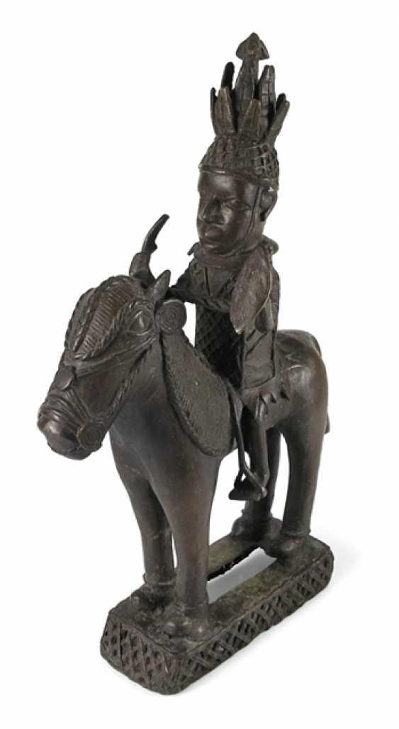 Bronze Sculpture, Warrior To - photo 1