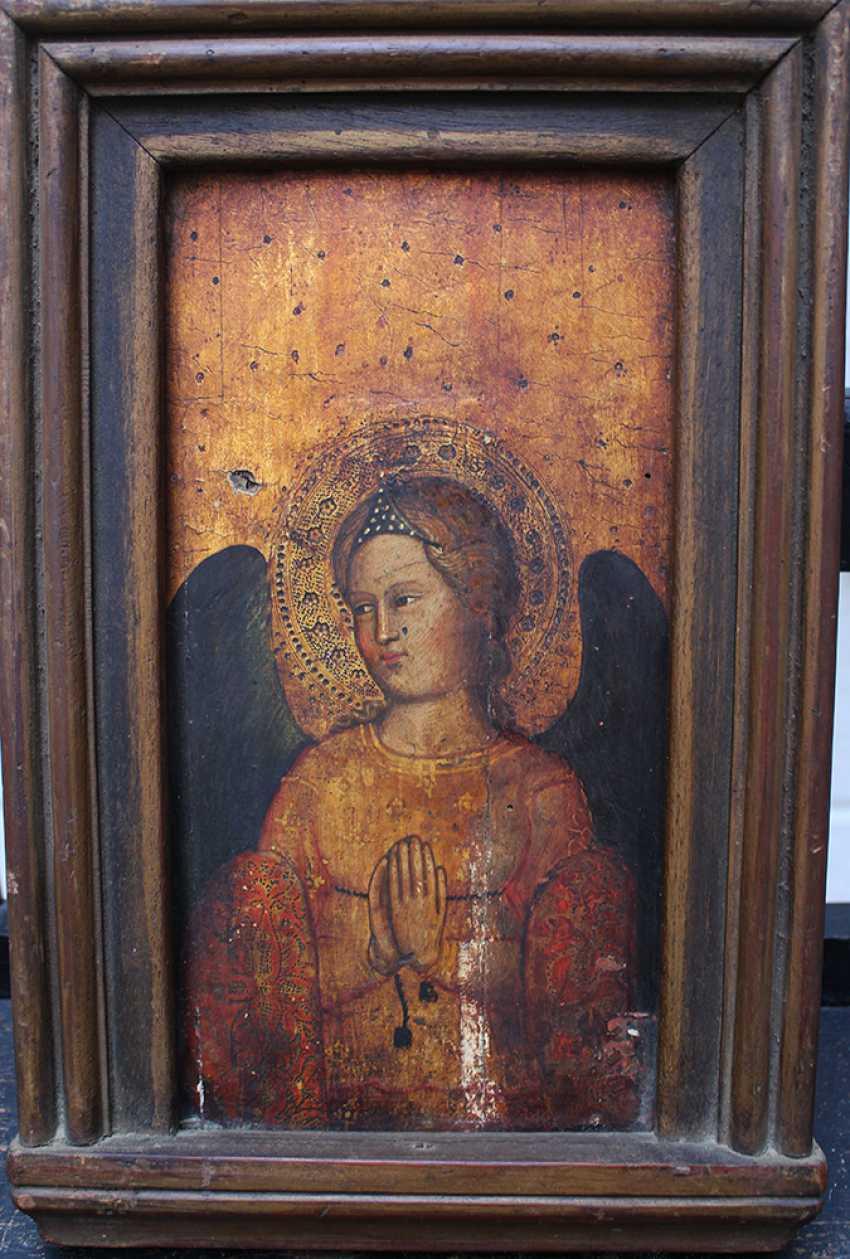Giovanni Bonsi (actif vers 1370)-l'école, de l'Or-sol panneau de la prière de l'ange avec auréole et des ailes de couleur sombre - photo 1