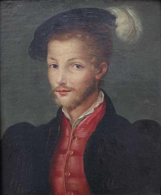 Corneille de Lyon (ca. 1500-1575)-school, Pair of portraits of aristocratic lady and gentleman - photo 3
