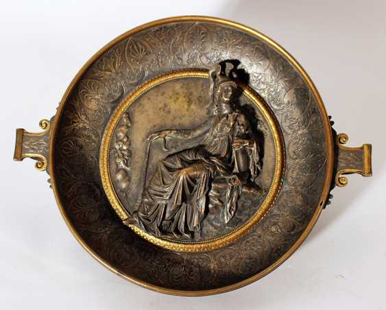 A very fine bronze bowl after the ancient, in Helenistic style - photo 1