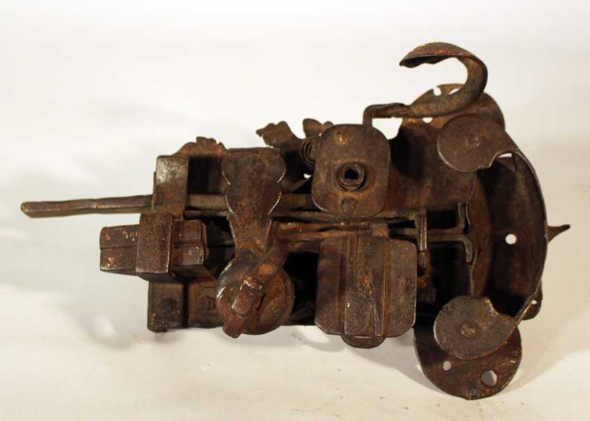 An iron forged door lock with hand grip and snatcher - photo 2