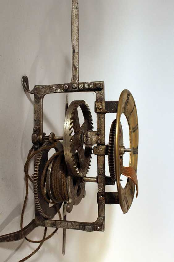 Iron clock movement with later bronze dial with Roman numbers and copper finger - photo 2