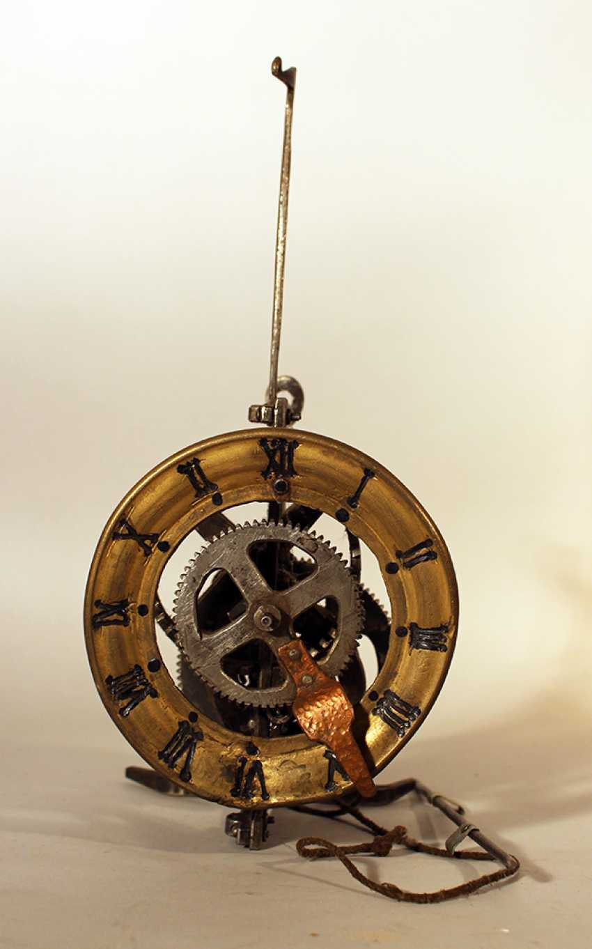 Iron clock movement with later bronze dial with Roman numbers and copper finger - photo 3