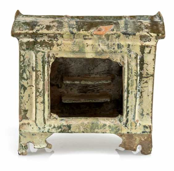 Model of a Shrine from Earthenware with lead-silicate glaze - photo 1