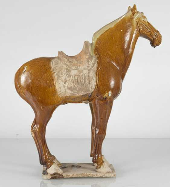 Brown-glazed Earthenware model of a standing horse - photo 4