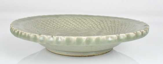 Celadon dish with decor of a Lotus in the mirror - photo 2