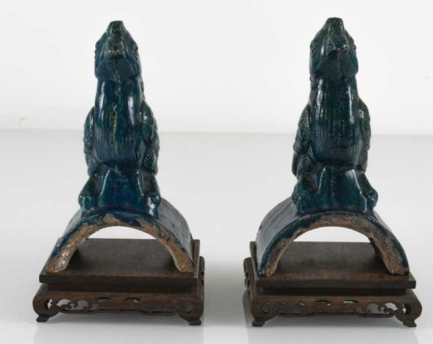 Pair of turquoise glazed ceramic roof tab in Phoenix Form - photo 2