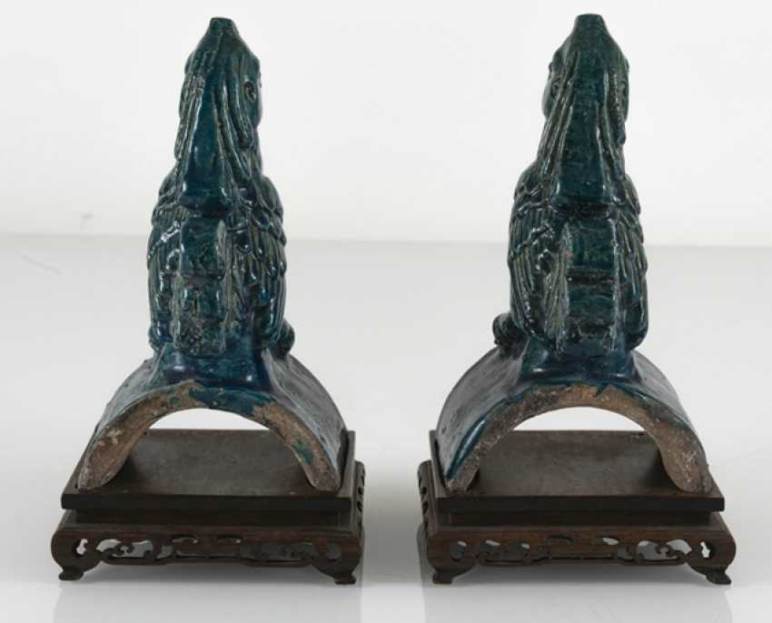 Pair of turquoise glazed ceramic roof tab in Phoenix Form - photo 3