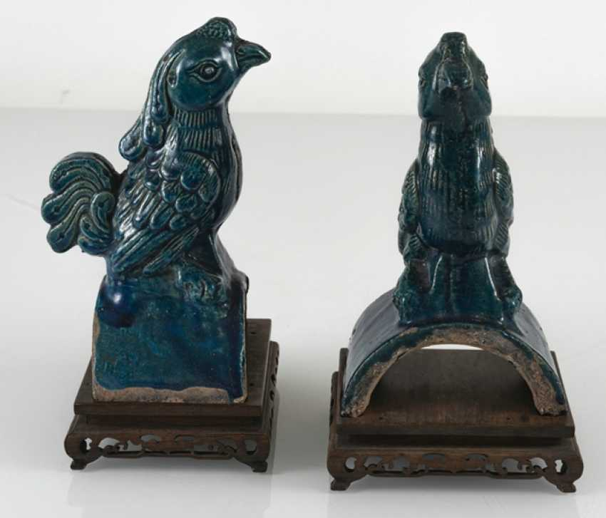 Pair of turquoise glazed ceramic roof tab in Phoenix Form - photo 5