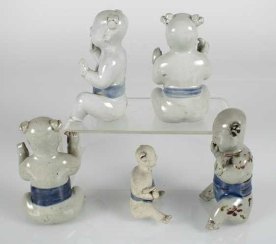 Five porcelain boy in a sitting posture - photo 2