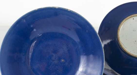 Five powder blue-glazed porcelain plate - photo 3