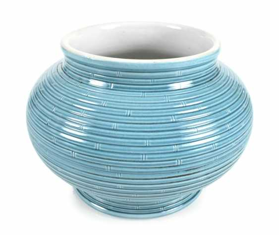 Turquoise-glazed bullet vase with bamboo imitierendem decor - photo 1