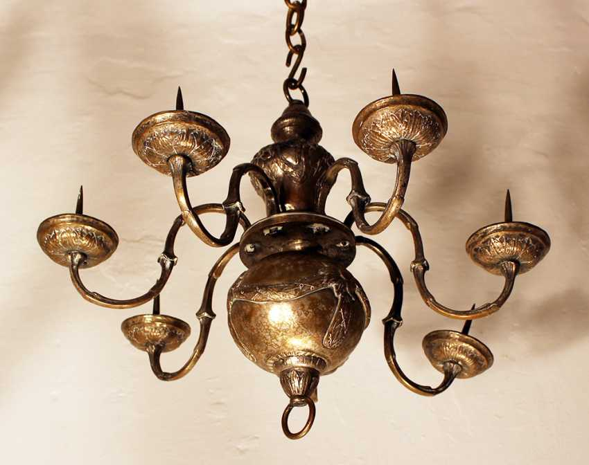 Small Louis XVI chandelier with seven branches ending in tazzas with spikes - photo 2