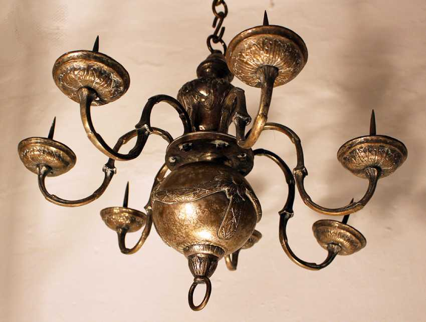 Small Louis XVI chandelier with seven branches ending in tazzas with spikes - photo 3