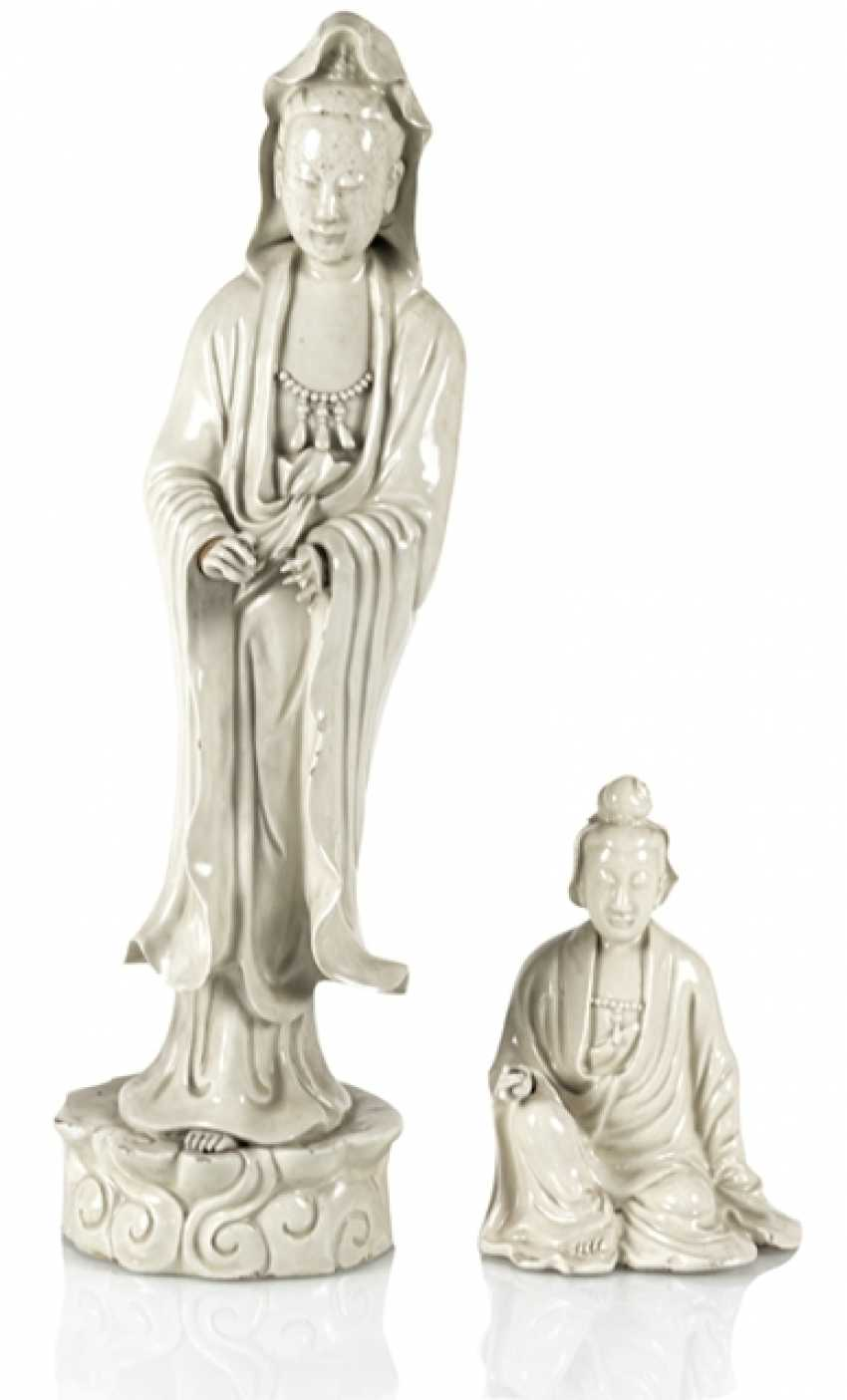 Two Guanyin sculpture, made of Dehua Ware - photo 1