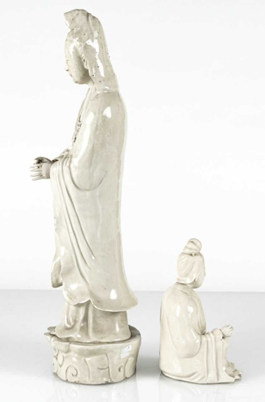 Two Guanyin sculpture, made of Dehua Ware - photo 2