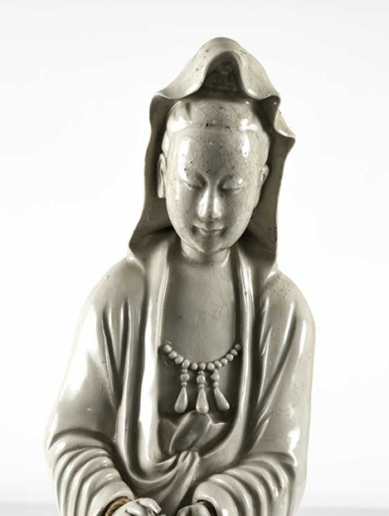 Two Guanyin sculpture, made of Dehua Ware - photo 4