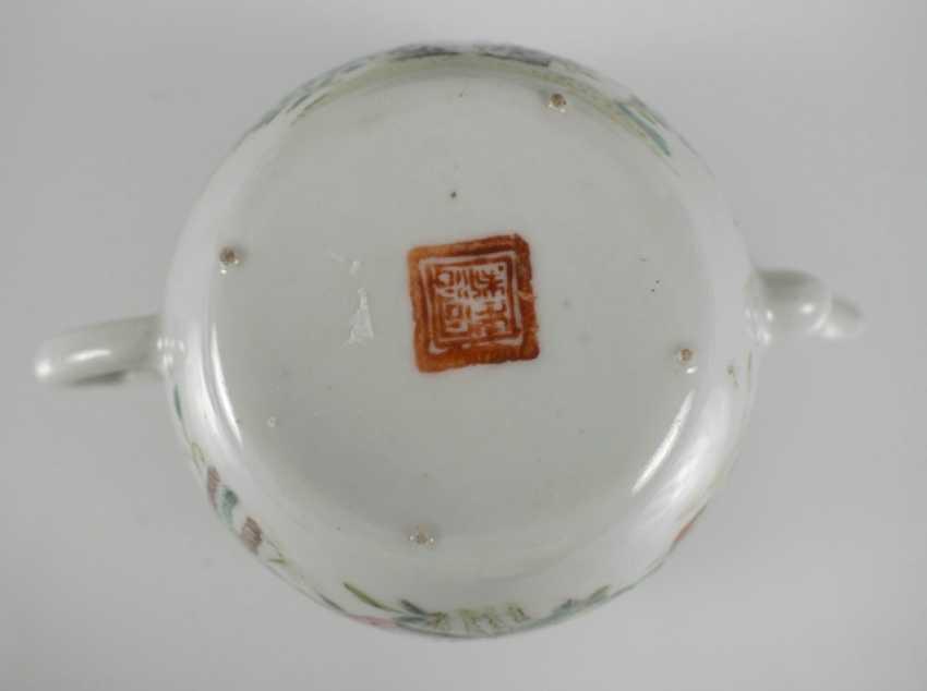 Porzellanteller to dre, to dre Schalen und eine Teekanne, u. a. the mit Imo-of their personality - photo 4