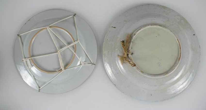 Porzellanteller to dre, to dre Schalen und eine Teekanne, u. a. the mit Imo-of their personality - photo 5