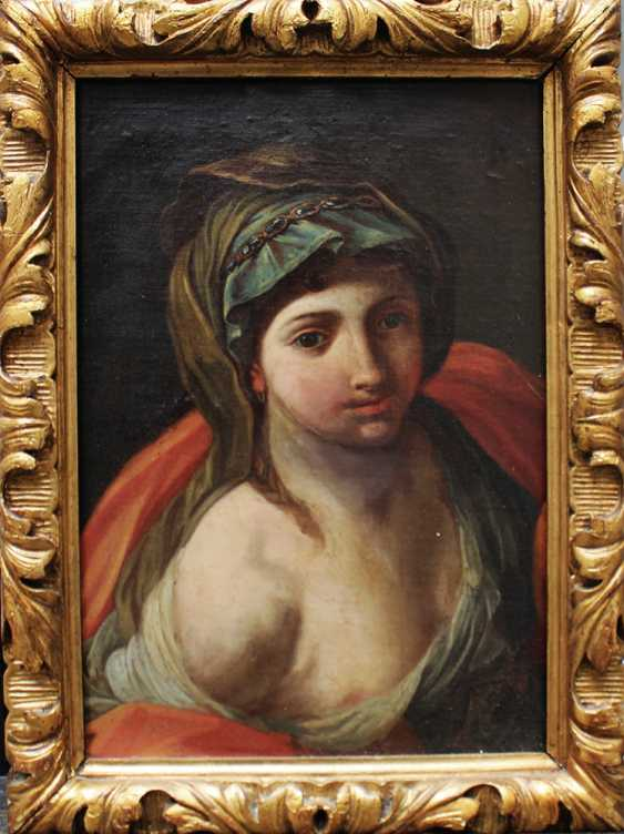 Italian artist around 1700, Portrait of a lady with cape - photo 1
