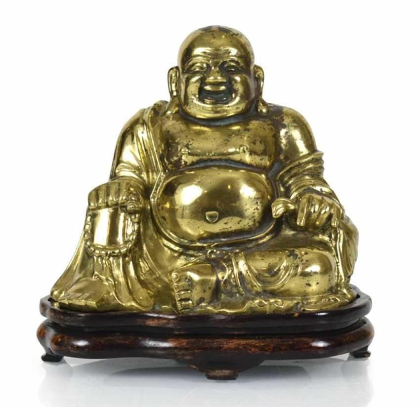 Bronze figure of the seated Budai - photo 1